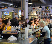 Beer Head Bar & Eatery Bar Experience